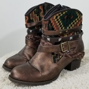 BKE Copper Cowboy Booties Sz 7.5